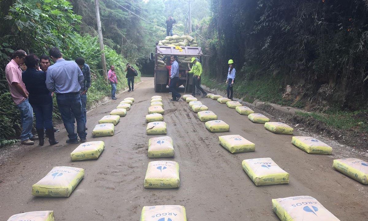Rionegro es pionero en estabilizar las v as terciarias con for Cemento inyectado suelo