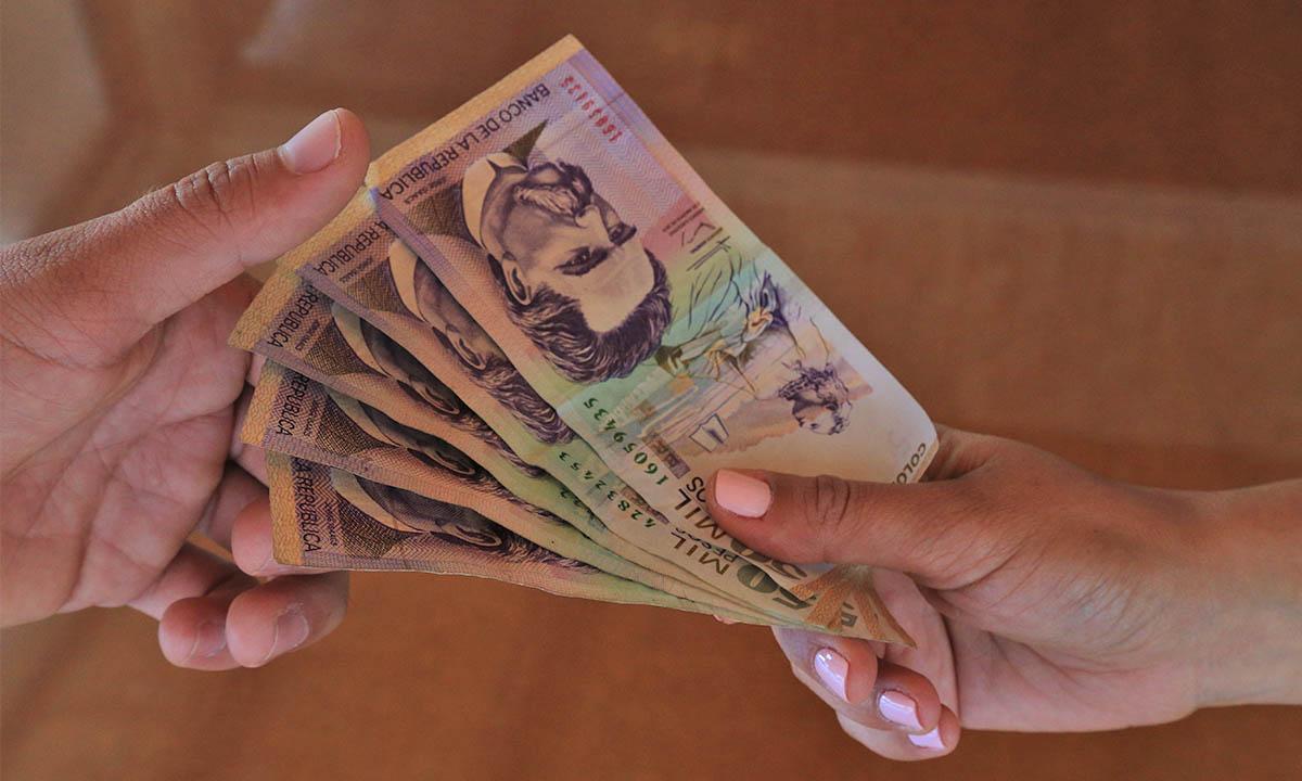 Resultado de imagen para dinero colombiano
