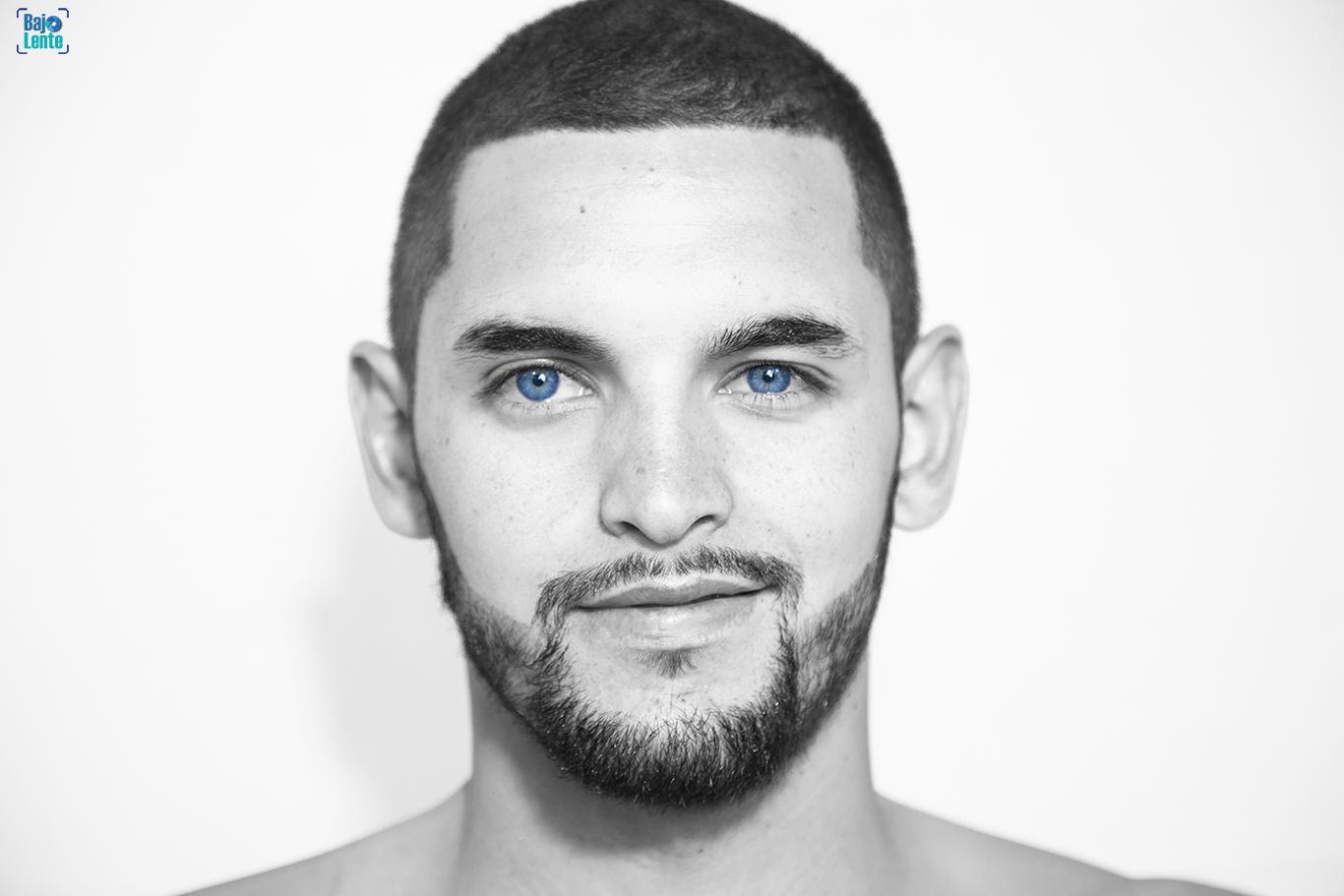 Más Azul: Brian Granada en BajoLente