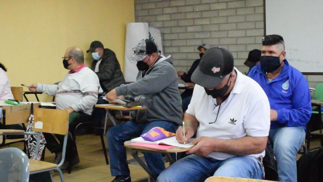Trabajadores de EEPP La Ceja volvieron a las aulas de clase.