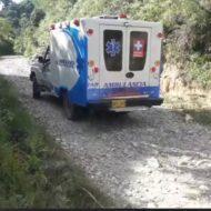 Denuncia ciudadana desde Alejandría. Aparentemente, ambulancia no atendió a paciente que se encontraba tirado sobre la vía.