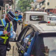 El próximo lunes agentes de tránsito podrán imponer comparendos por incumplir la medida del pico y placa en Medellín.