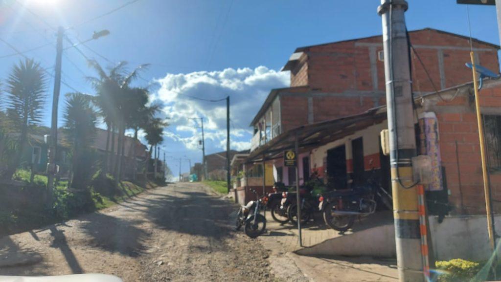 Via pavimentar La Ceja